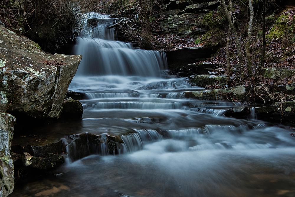 IMAGE: http://www.bswartz.net/nikon/D610/pioneercabinwaterfall.jpg